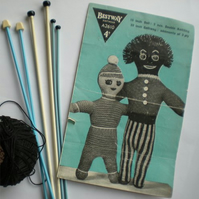 Vintage Knitting PDF Pattern 012 Two Funky Dolls from WonkyZebra