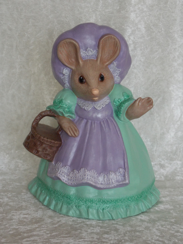Hand Painted Large Ceramic Green Lilac Mother Mouse With Brown Basket Ornament.