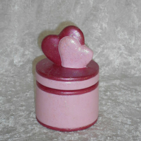 Hand Painted Two Tone Pink Ceramic Hearts Trinket Jewellery Gift Box.