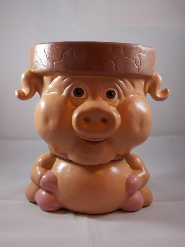 Ceramic Hand Painted Medium Pink Pig Animal Flower Herb Plant Pot Container.