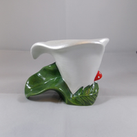 Ceramic Hand Painted White Flower Calla Lily Tea Light Candle Holder Decoration.