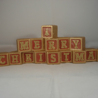 Ceramic Hand Painted Red Gold Glittery MERRY CHRISTMAS Xmas Decoration.
