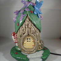 Ceramic Woodland Dragonfly Cottage House Table Lamp Light Ornament Decoration.