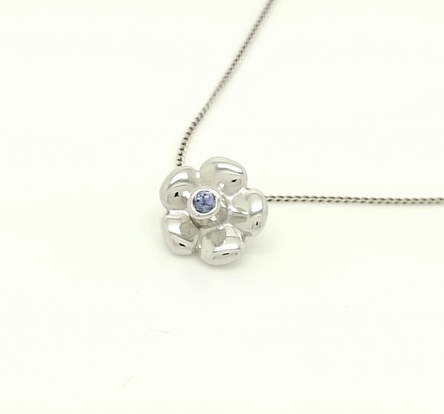 Tanzanite flower sterling silver pendant