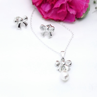 Bow & Pearl Necklace - sterling silver