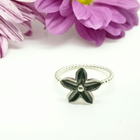 Sterling Silver Flower Ring - size P