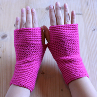 Crochet Wrist Warmers - Handmade - 100% Wool - Hot Pink