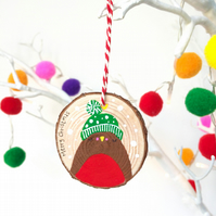 Wooden Christmas Robin Decoration