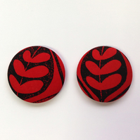 47mm Black and Red Leaf Fridge Magnets