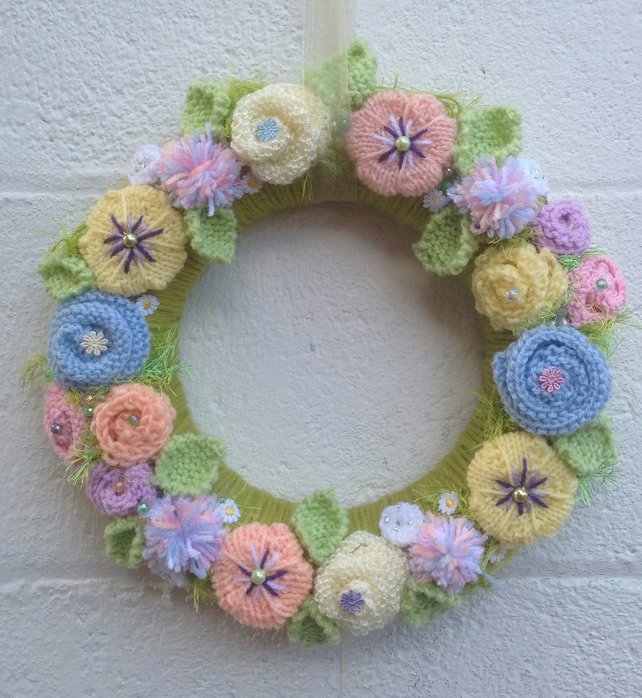 Summer flower wreath, knitted flowers, Vintage  wedding, funeral, pastel