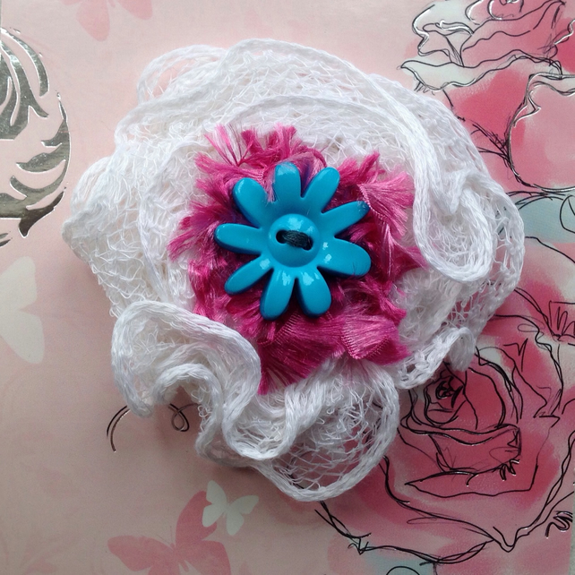 knitted brooch flower, lace brooch, Mother's Day gift , spring, Easter
