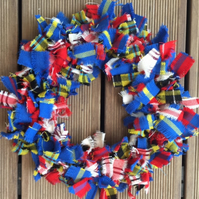 Tartan wreath, woollen wreath, door hanging, wall decoration, shabby chic