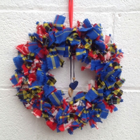 Tartan wreath, Christmas rag  wreath, door hanging, wall decoration, shabby chic