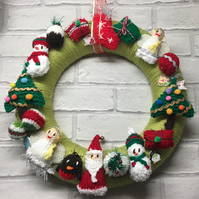 Knitted Christmas wreath, Christmas gift, tree, santa, angel