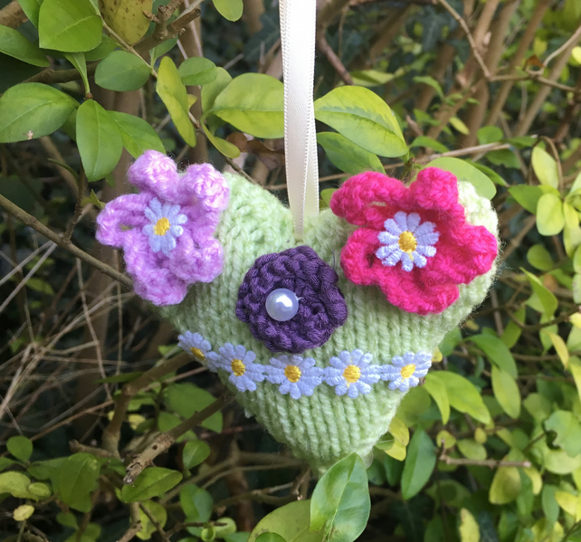 Knitted hanging heart,  pale green with flowers Mother's Day Valentine's Day,
