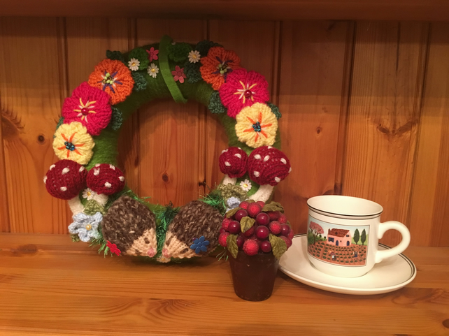 Knitted  wreath,hedgehog, woodland, flowers, nursery  Autumn