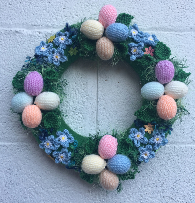 Knitted easter wreath, eggs, Easter decoration, gift, spring, forget me nots