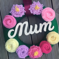 Knitted wreath gift for mum