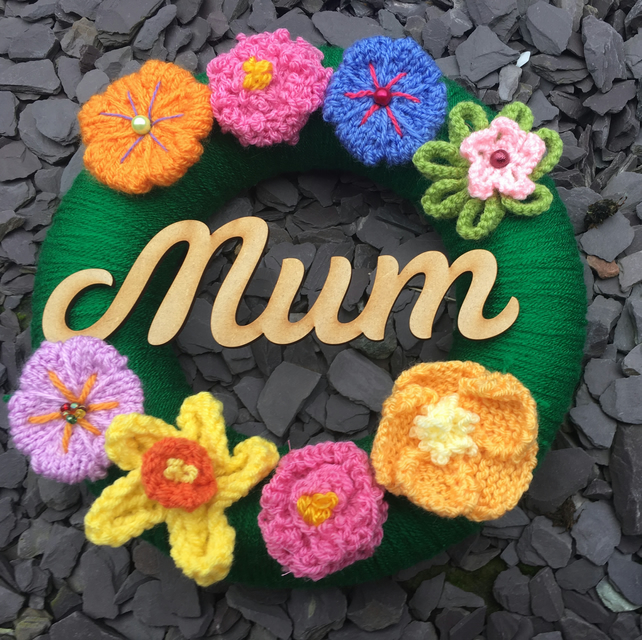 Mother's Day gift, knitted wreath, flowers