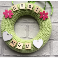 Mother's Day gift, knitted wreath, personalised