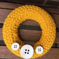 Knitted wreath, Christmas , chunky yarn with large  wooden buttons