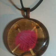 Knit The Pink Glass Pendant