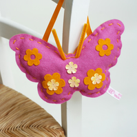 SEWING KIT FOR CHILDREN: PINK FELT BUTTERFLY KIT