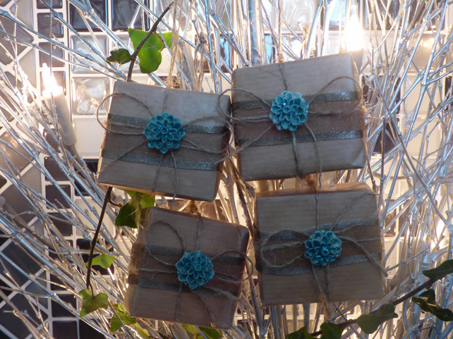 Christmas Present Tree Decorations Brown Paper Turquoise FREE POST