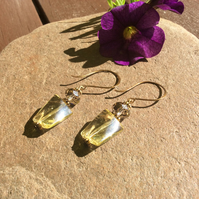 Champagne Scent Bottle Faceted Glass Bead Crystal Earrings FREE POST