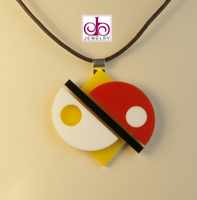 RETRO 1930's ACRYLIC NECKLACE - DESIGN 0006