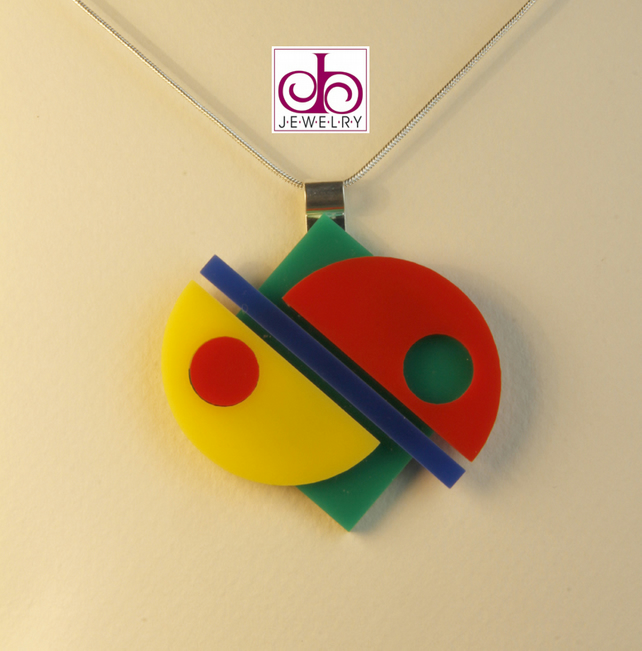 RETRO 1930's ACRYLIC NECKLACE - DESIGN 0006A