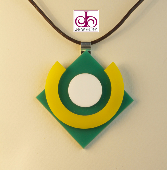 RETRO 1930's ACRYLIC NECKLACE - DESIGN 0001A