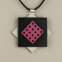 26 - DIAMOND SHAPED LEATHER PENDANT