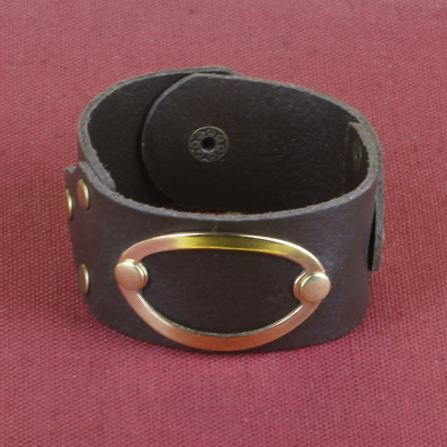 4 - BROWN LEATHER BRACELET