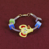 5 - CHILD'S LEATHER THONG BRACELET
