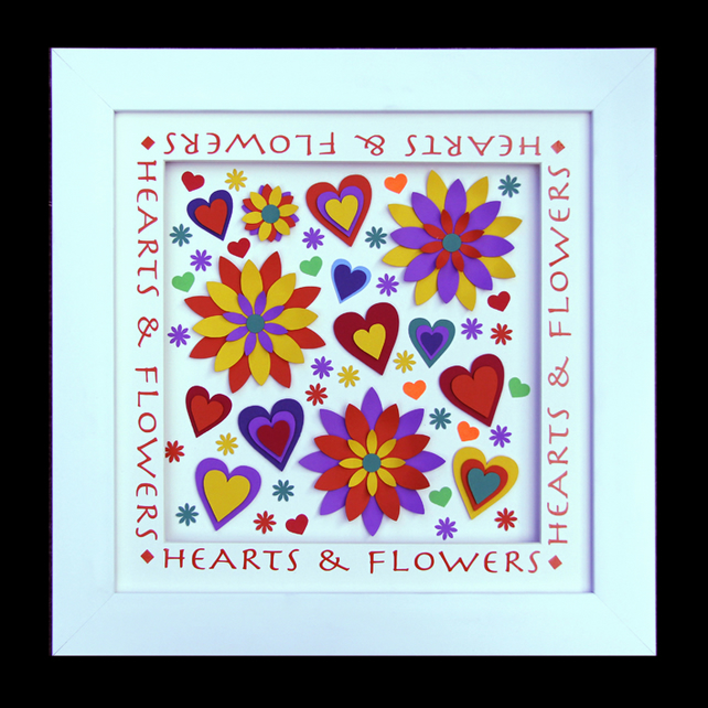 8 - HEARTS AND FLOWERS PAPER SCULPTURE WITH MATCHING VALENTINE CARD