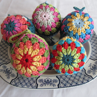 "Set of 5 3"" Crocheted Christmas Baubles"