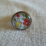Floral Cameo Ring