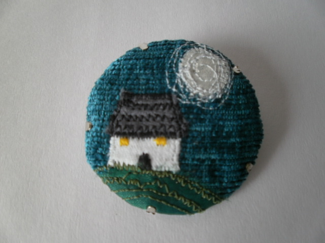 Green Wee Cottage Textile Brooch