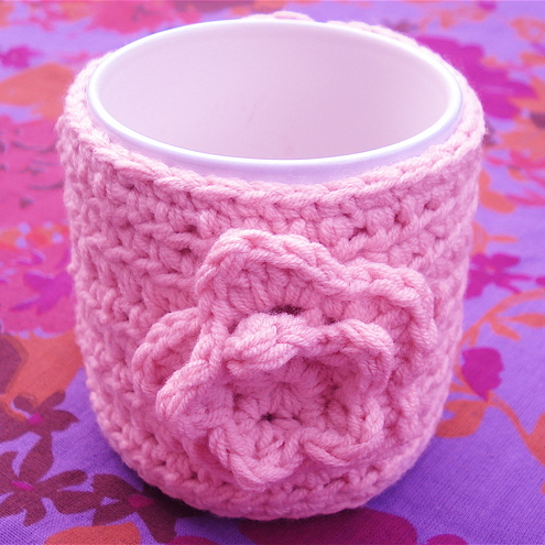 Baby Pink Mug Cosy Crocheted in Cotton - Detachable Flower Brooch