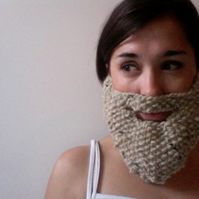 Knitted Beige Beard