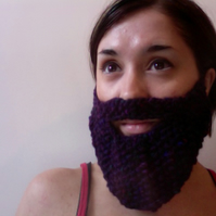 Knitted Purple Beard