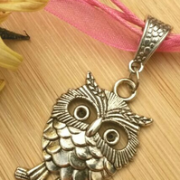 Pink Owl Charm, Earthy, Hippie, Gift, Ornament, Boho.