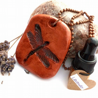Essential Lavender Oil Diffuser with a Ceramic Dragonfly Pendant. A6