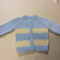 Babies blue and cream cardigan chest size 17 inch
