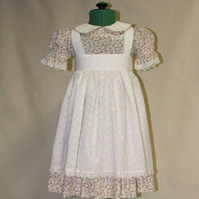 Pretty little girls dress and over apron 4 to 5 yers