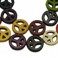 Strand of Synthetic Howlite Peace Sign