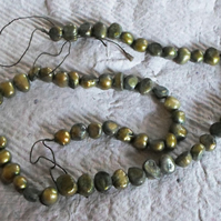 Strand  of Green Fresh waterpearls