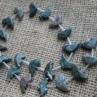 Strand of Indian Agate Birds