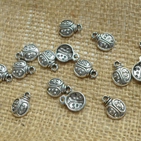 10 Lady bug charms